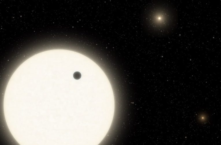 Обнаружена экзопланета с тремя солнцами